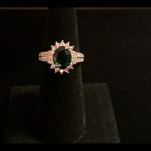925 silver oval cut emerald ring size 6